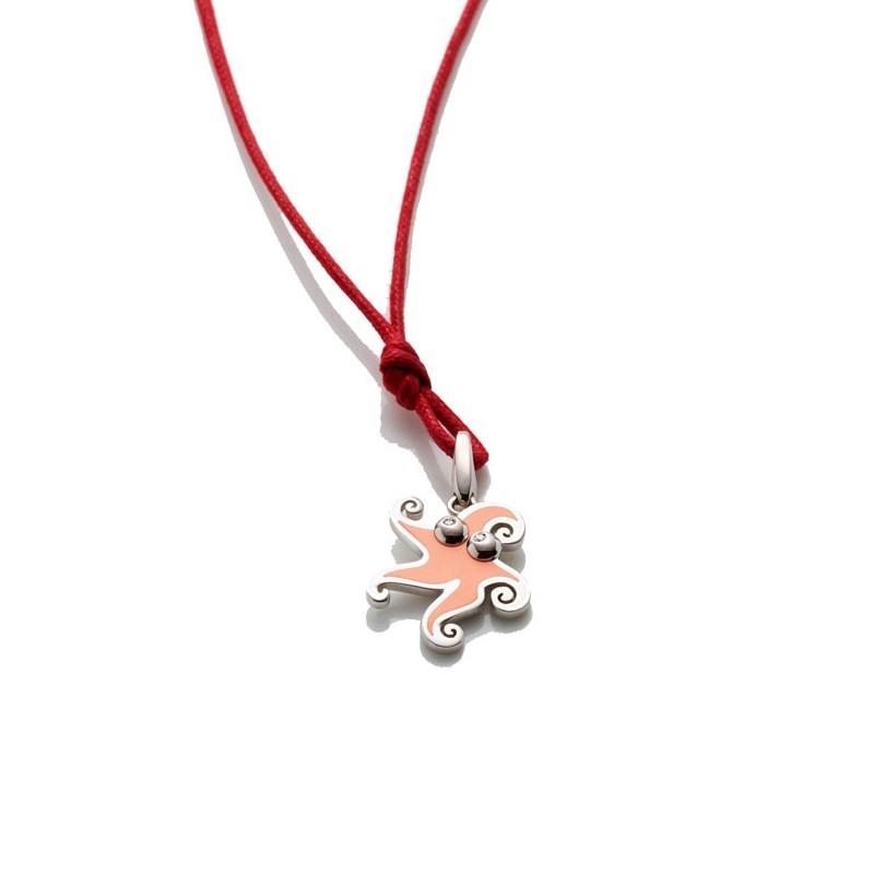 Ciondolo piccolo stella marina in argento e smalto salmone, occhi con diamante e biglierina apribile con cordino rosso 42 cm.